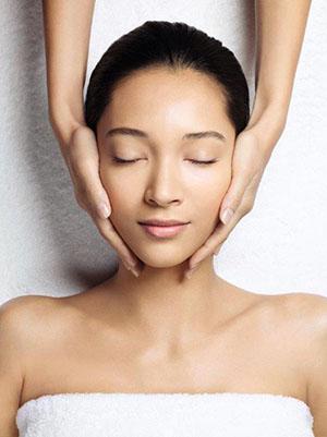 guinot-facials-at-the-fab-salon